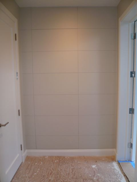 Flat Panel - Closed